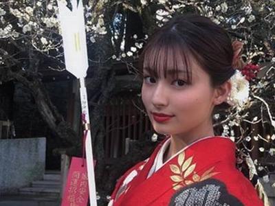 おちょやんキャスト女給・真理役 吉川愛