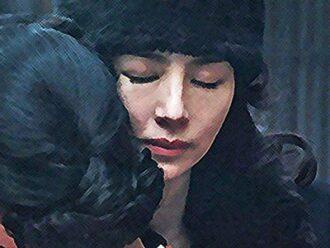 おちょやん ネタバレ16週79話 千代を抱きしめる百合子のイラスト