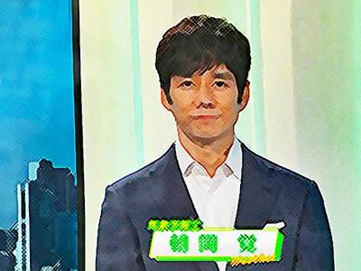 おかえりモネ ネタバレあらすじ 4週16話 テレビに出演する朝岡のイラスト